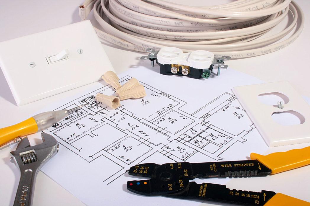 Werkzeuge in der Ausbildung zum Industriemeister Elektrotechnik (IHK)
